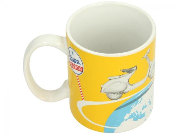 Vespa taza amarilla