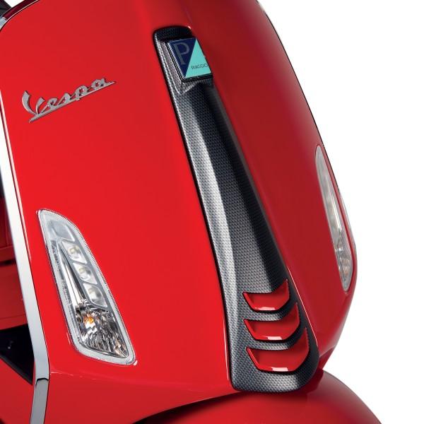 Cubra la placa frontal (cascada) en apariencia de carbono para Vespa Sprint